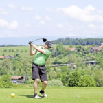 Ein guter Abschlag ist die halbe Miete: Bei bestem Wetter und in wundervoller Umgebung fanden die rund 100 Teilnehmer so richtig Gefallen am BernOpen im Golfpark Moossee in Münchenbuchsee.