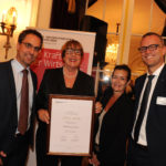 (v.l.) Bernhard Emch (Präsident HIV Sektion Bern), HIV-Preisträgerin 2018 Silvia Müller (Gesamtprojektleiterin Museumsnacht Bern), Nicole Loeb und Philippe Rosat (beide Vizepräsidenten HIV Sektion Bern)