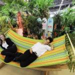Pack die Hängematte aus: Die Ferienmesse Bern lädt auch vor Ort zum Relaxen ein.