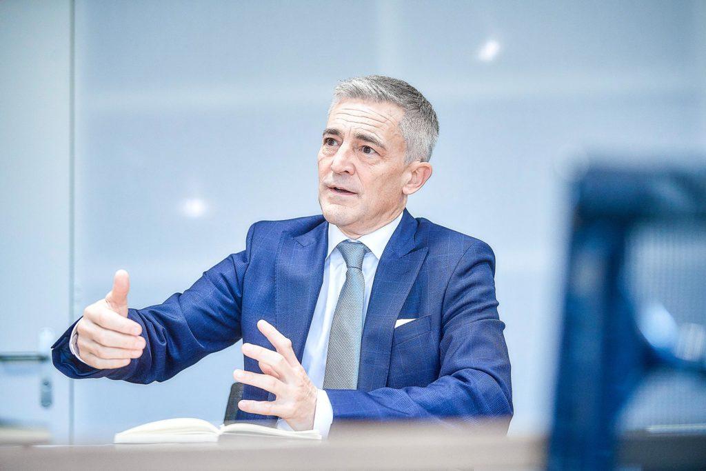 Wirtschaftskopf Stefan Dürig Opt