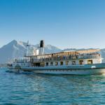 Thunersee Schifffahrt Blüemlisalp Schweiz Sommer Niesen