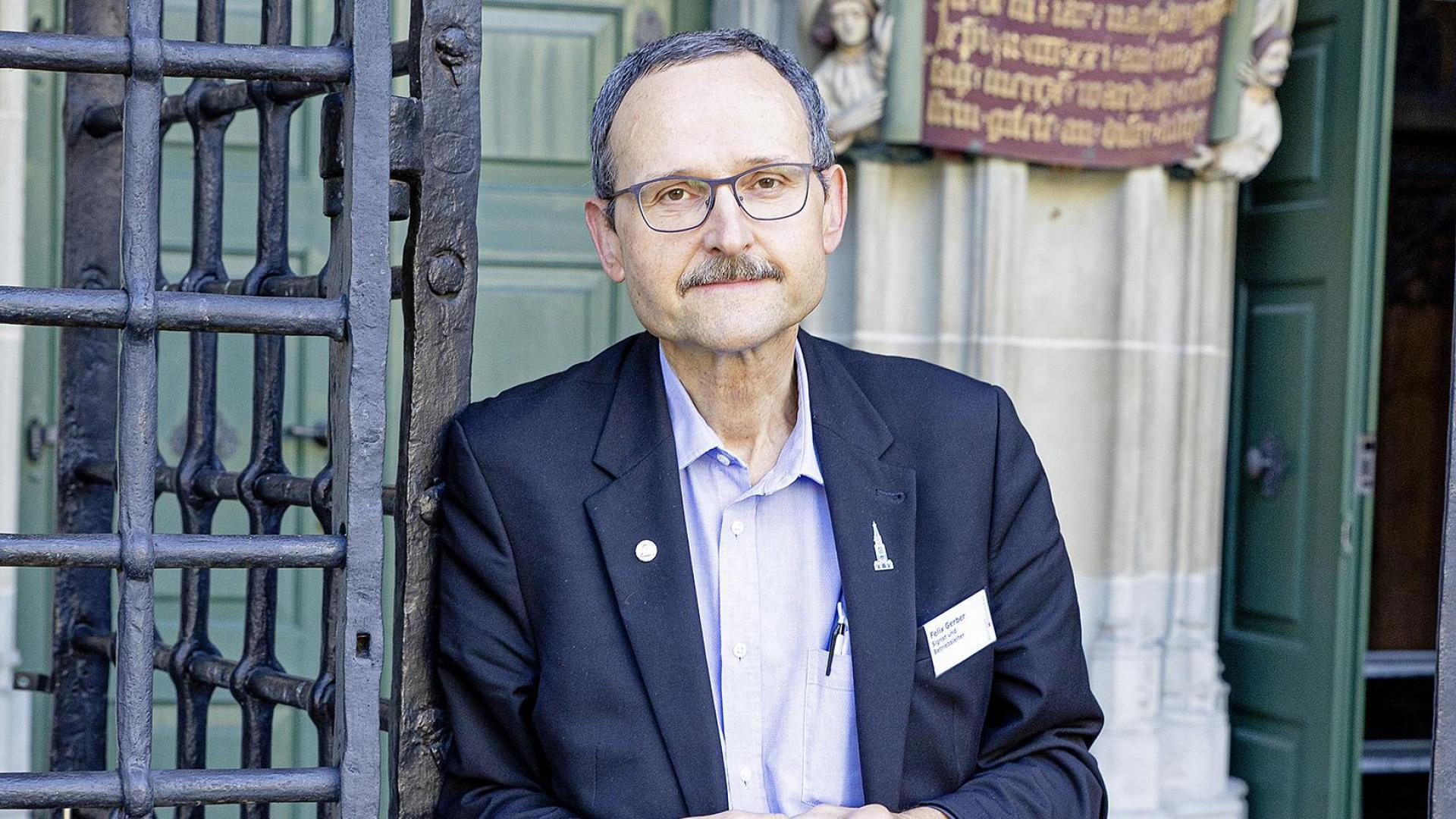 Auch nach 15 Jahren entdeckt er das Münster jede Woche neu