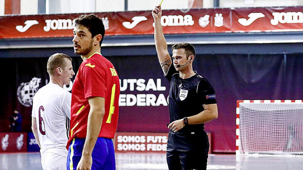Slide Euro Qualificatins Spain1